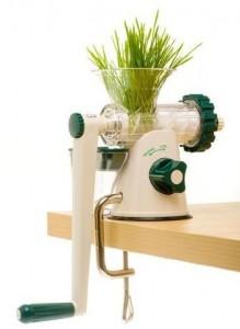 Affordable-Juicer-Lexen-Healthy-Juicer